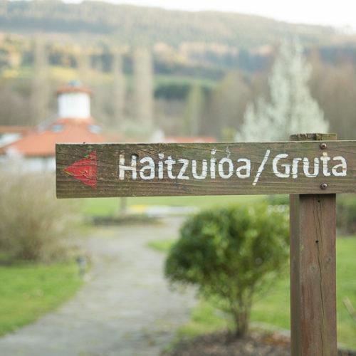 amalurra retreat center bilbao